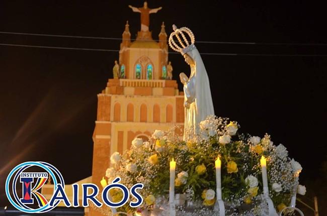 Coroação de N.Sra no Instituto Kairós