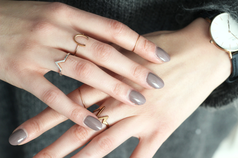Rings The Happiness Boutique - &Other Stories Greige Nail Polish