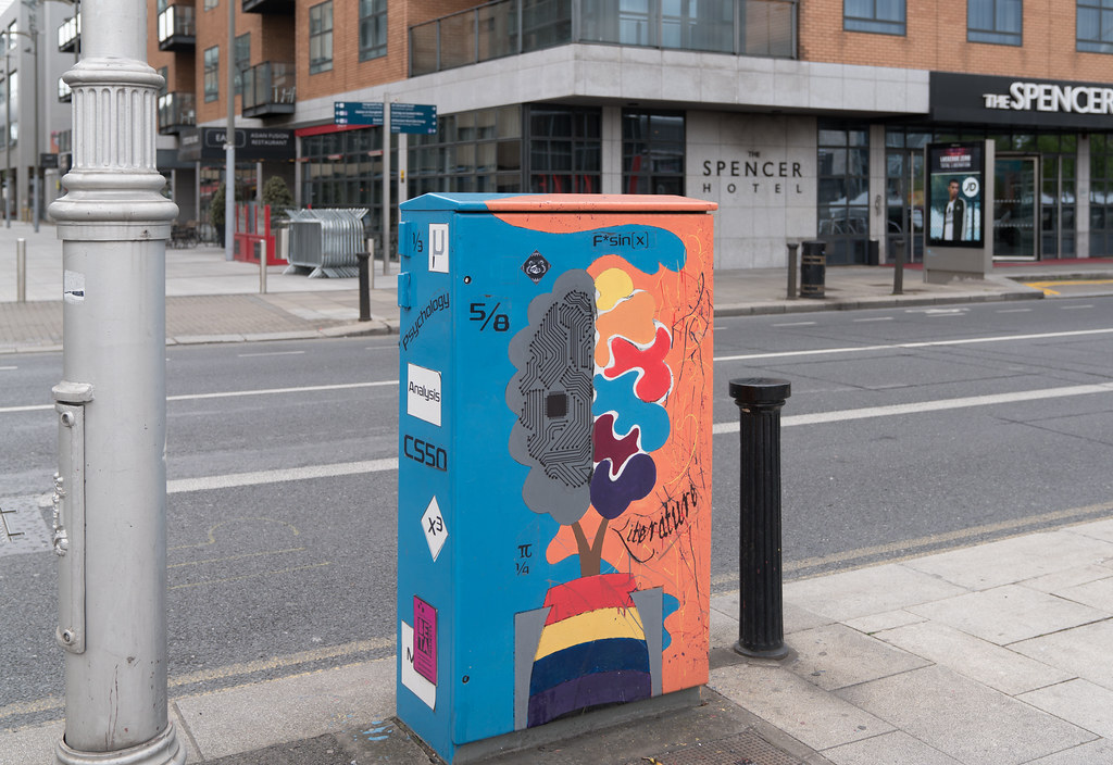 UNCONVENTIONAL PANDORA'S BOX BY NORA RAMPINELLI 004
