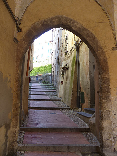 vieille entrée porto maurizio