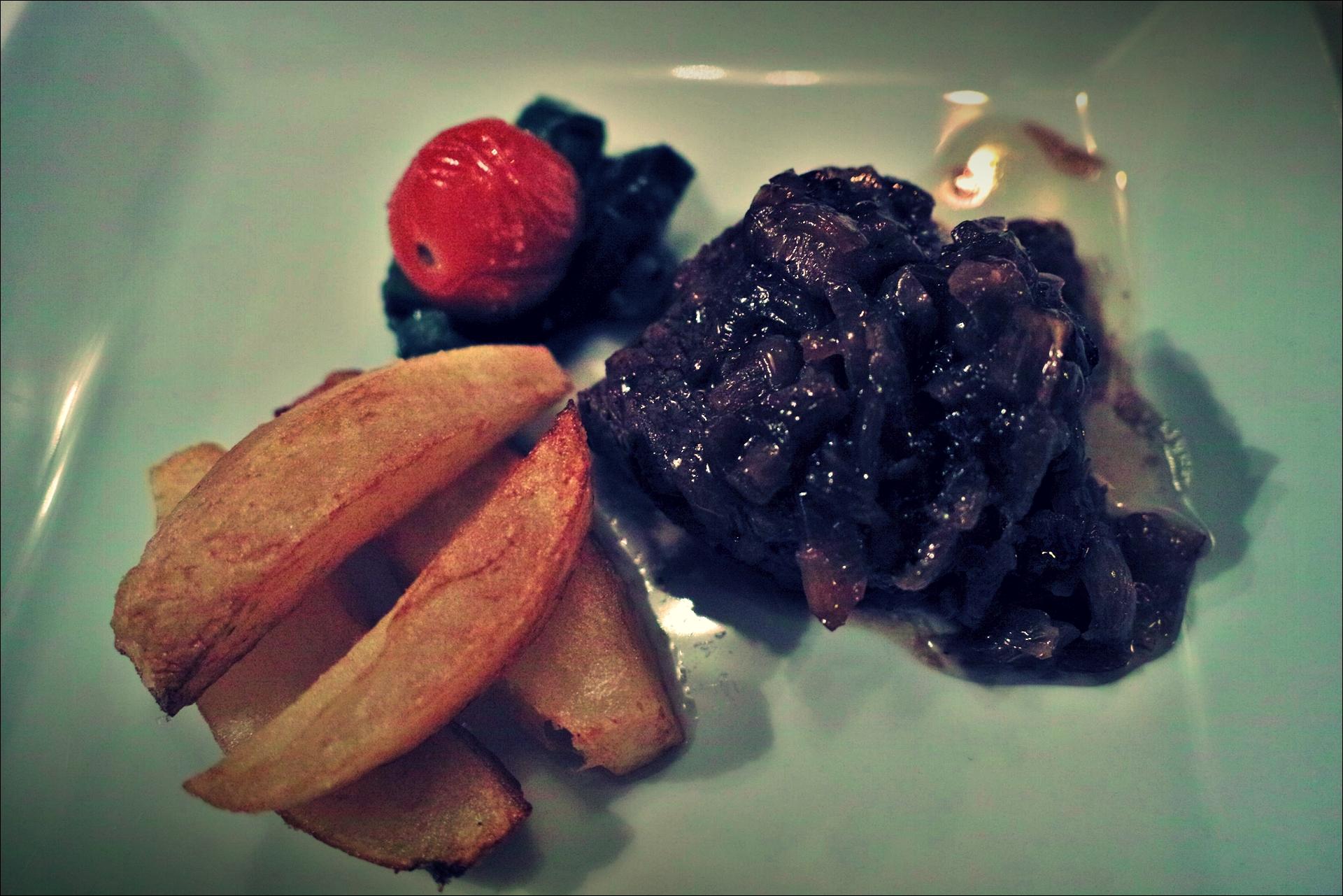 고기-'자카란다 레스토랑, 산탄데르(Restaurante Jacaranda, Santander)'