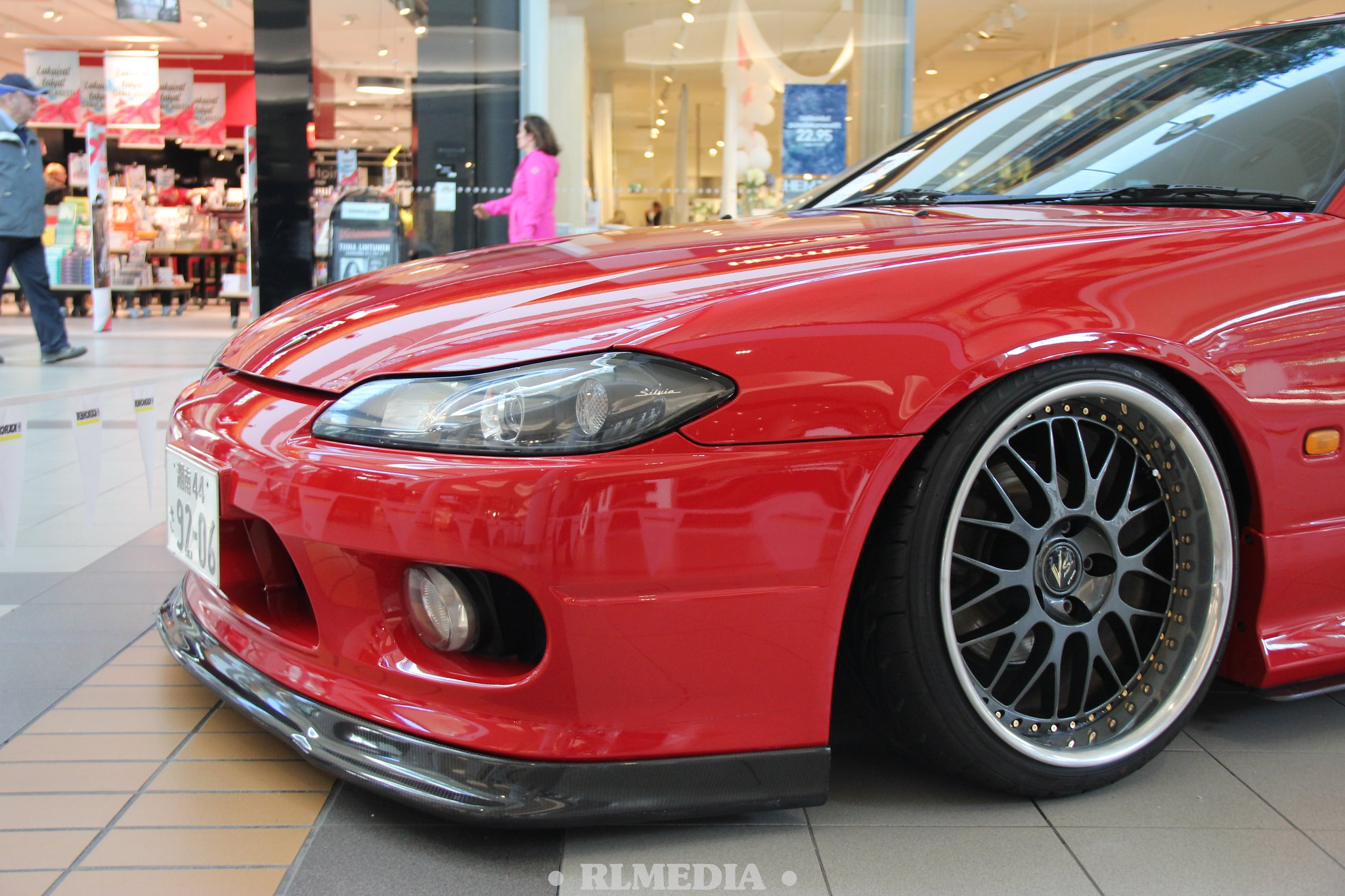 "Vadelli: Z11 Cube & Nissan Silvia ""She's fifteen"" S15 34359070355_b80ab1d92b_k"