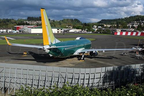 Boeing 737-82R(WL) Pegasus LN6417