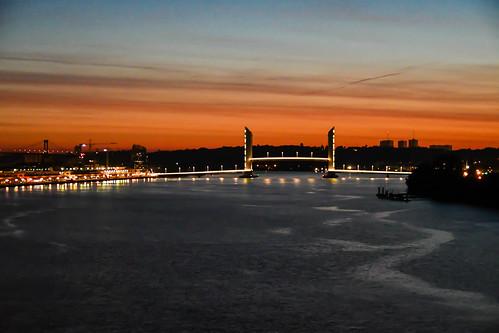 Bordeaux lift bridge
