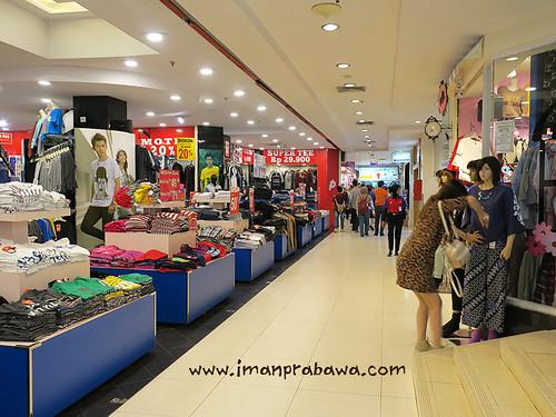 lantai-satu-arion-mall