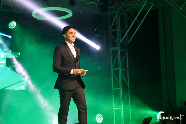 Alden Richards Oppo F3 Event