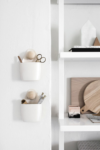 01-DIY-Wall-Pocket-Organizers