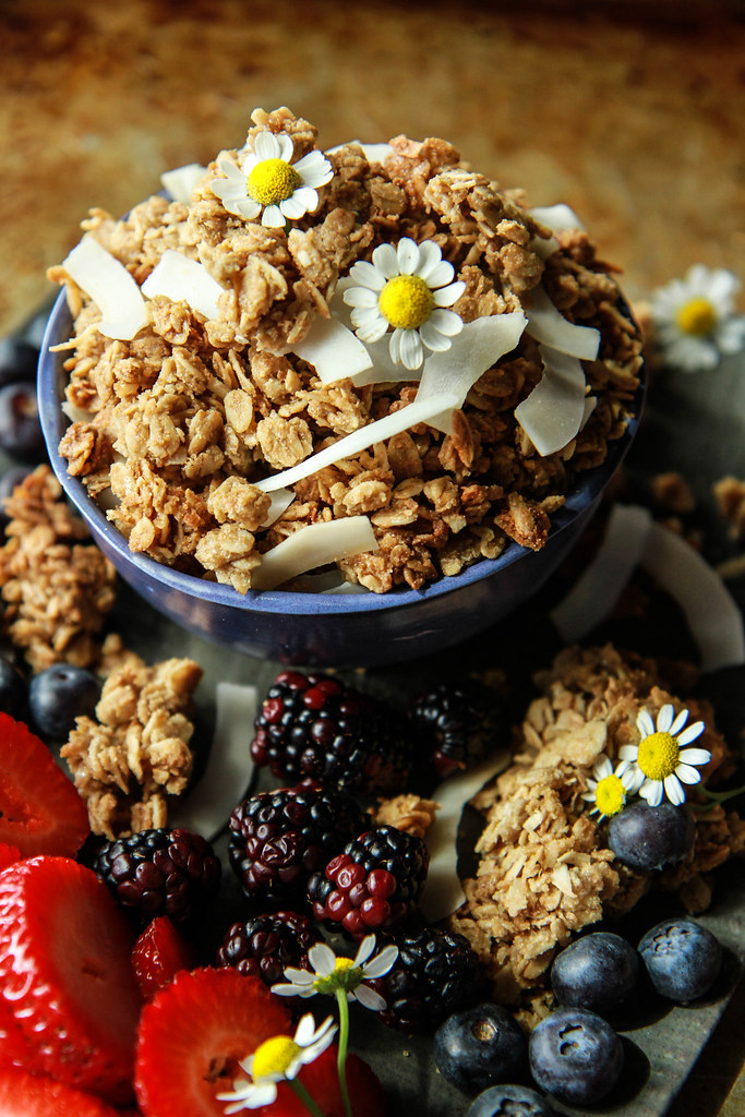 Sunflower Butter Cookie Granola- Glutenfree and Vegan frm HeatherChristo.com