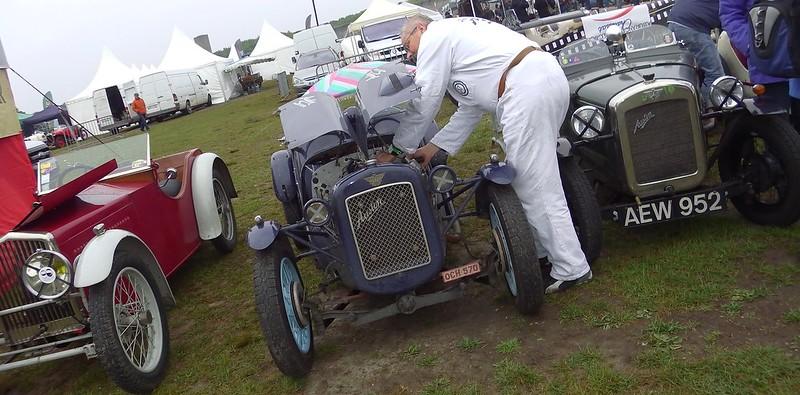 Austin Seven bleu foncé jantes bleu clair - Vintage Revival Linas Montlhery 07 Mai 2017 34378793272_920197ac93_c