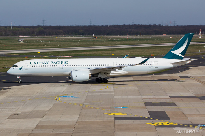 Cathay Pacific - A359 - B-LRM (1)