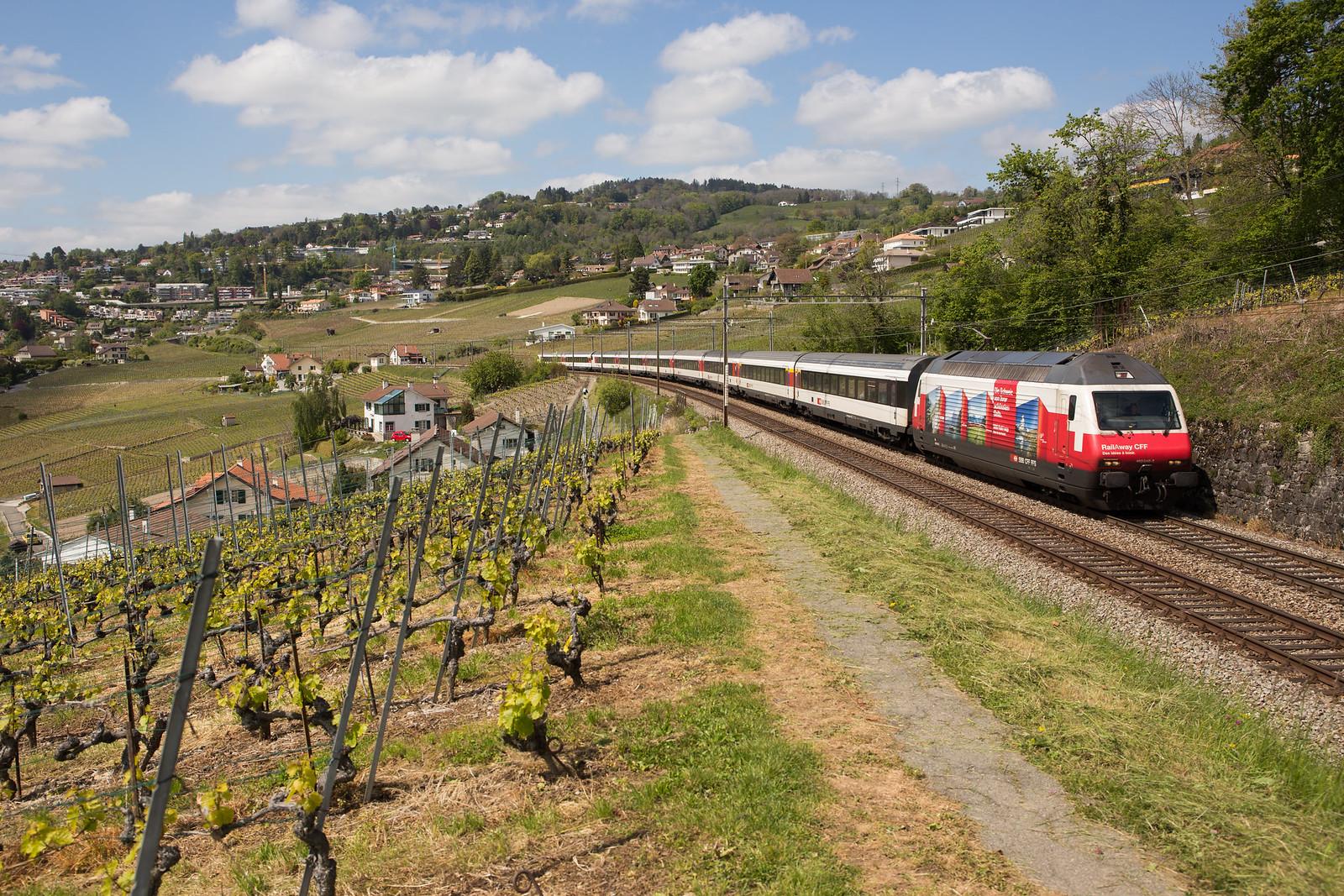 CFF Re 460 048 RailAway III à Bossière