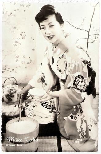 Miiko Taka in Sayonara (1957)