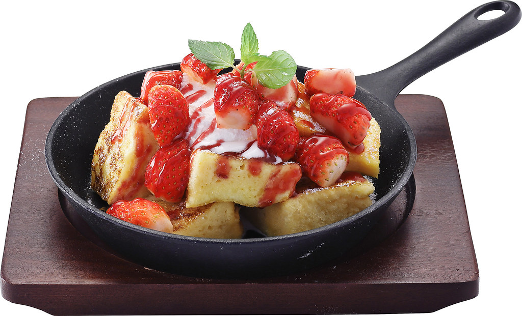 Suntec City Sweet Treats: Strawberry French Toast