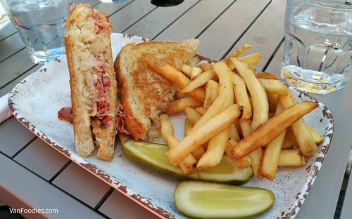 Reuben Sandwich, Longhorn Saloon & Grill