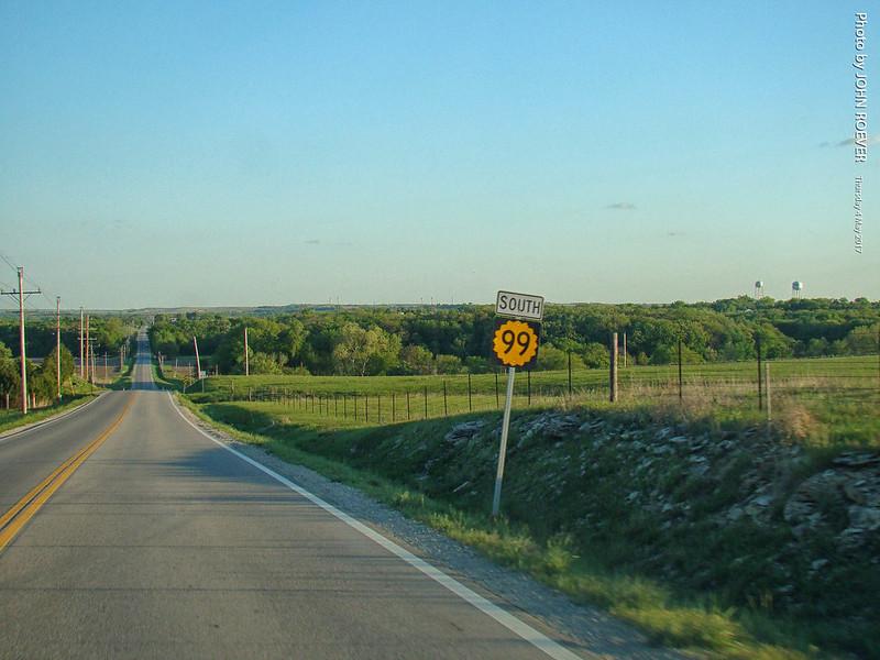 Southbound K-99 near Alma, 4 May 2017