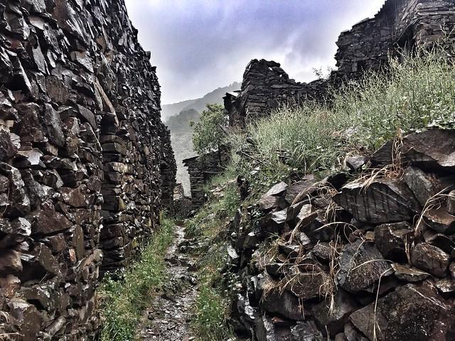 Ruinas en la alquería de El Gasco (Las Hurdes)