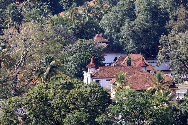 PW-Ceylon-Tooth Temple1