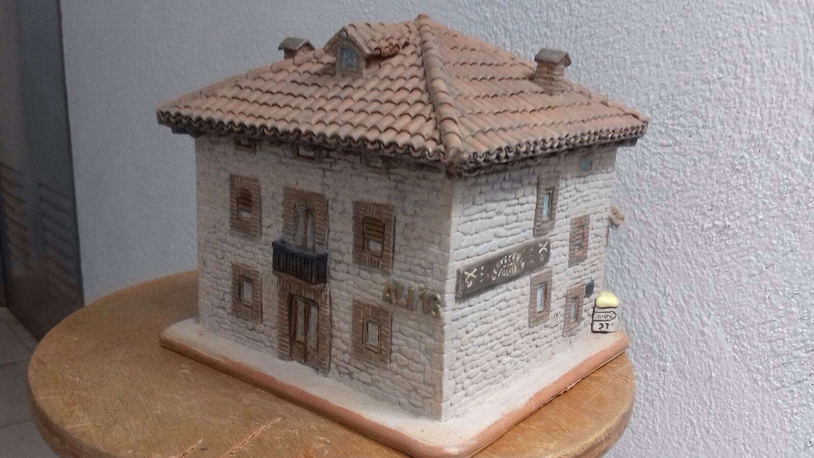 Reproducciones en Arcilla de edificios de Álava