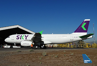 Sky A320 CC-ABW new colors hangar (RD)