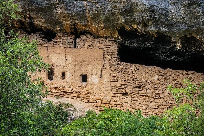 Cueva de Fraguerau desde la ermita de Sant Bartomeu