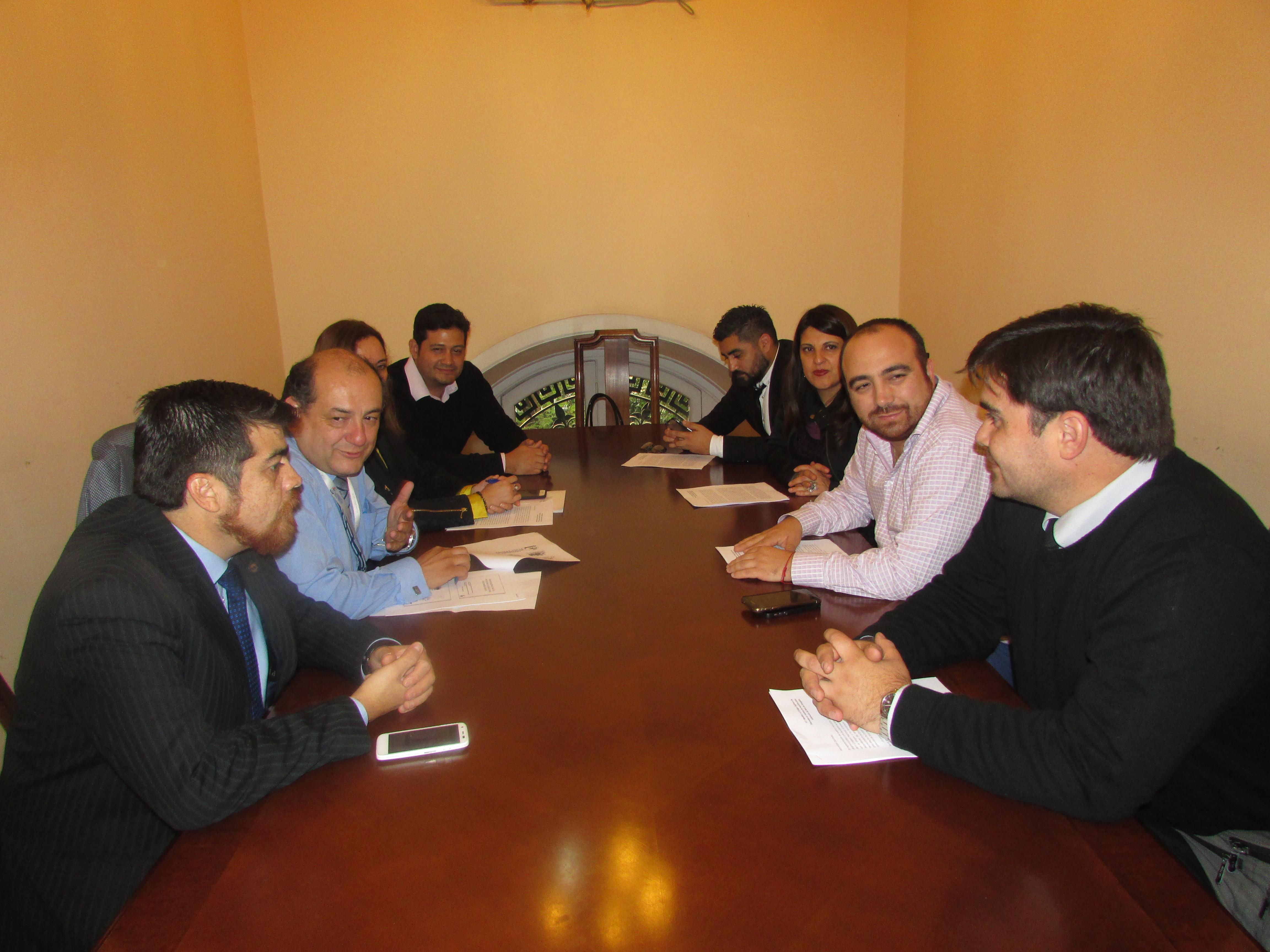 Afudep se reúne con Diputado Chahin por proyecto Homologación Práctica Profesional - 08 Mayo 2017