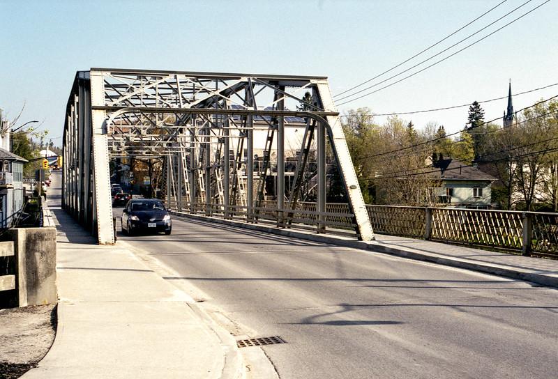 Cast Iron Metcalfe Bridge In Colour