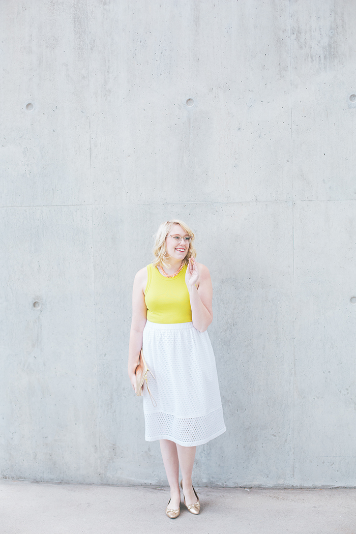 austin fashion blogger writes like a girl white eyelet skirt9