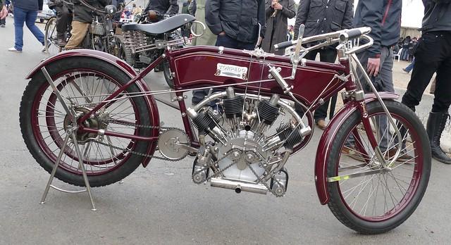 N.L.G. ( Norton London Garage ) & Motocykl Torpedo V4 Replica 1909 33777159873_5d6e38b711_z