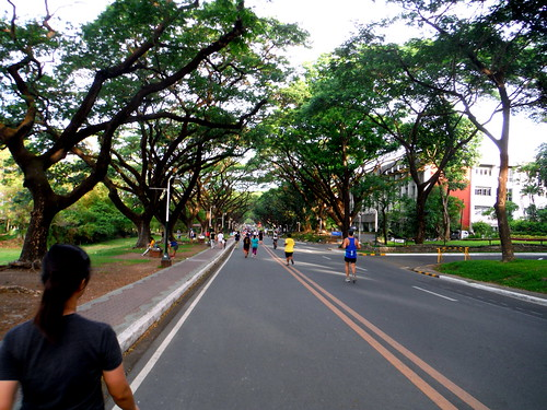 Jogging UP Diliman