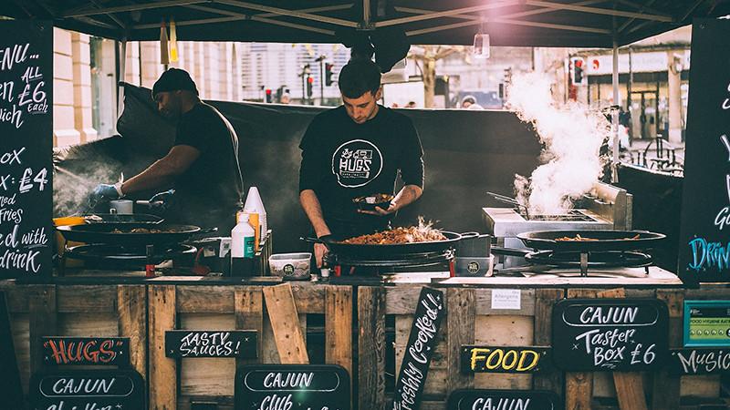 LJ Hugs street food