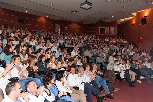 AionSur 33904576743_75e08a7e4c_d El Hospital Virgen del Rocío celebra la despedida de sus 122 especialistas internos residentes Salud
