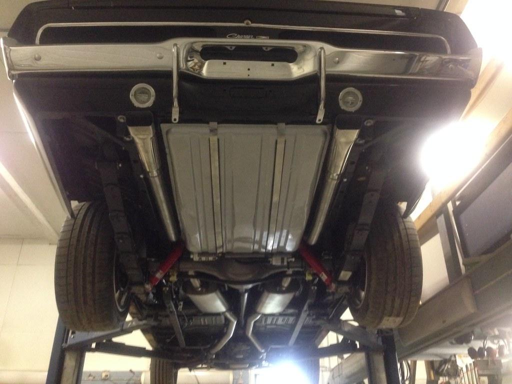 "MikkoV garage:  Charger SRT8 -70,  Manta A 2800S, Camaro RS -70 ""drift"", W212, Pontiac Tempest jne. 34293627252_622f86ac96_b"