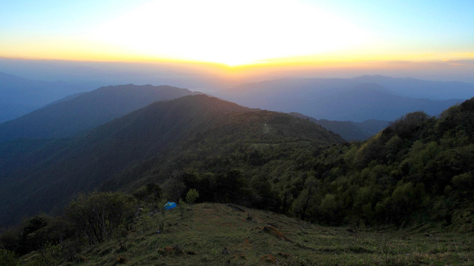 Tonglu Sunrise
