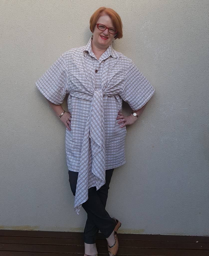 Vintage Vogue 1401 in check from Darn Cheap Fabrics