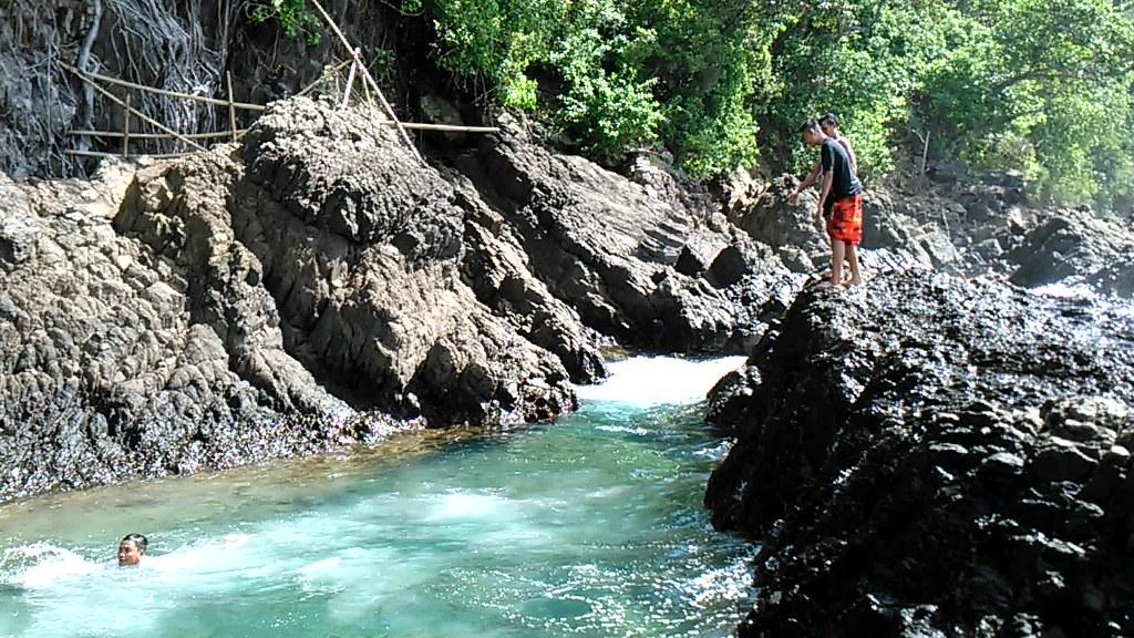 Jumping At Laguna Gayau Teluk Kiluan Lampung