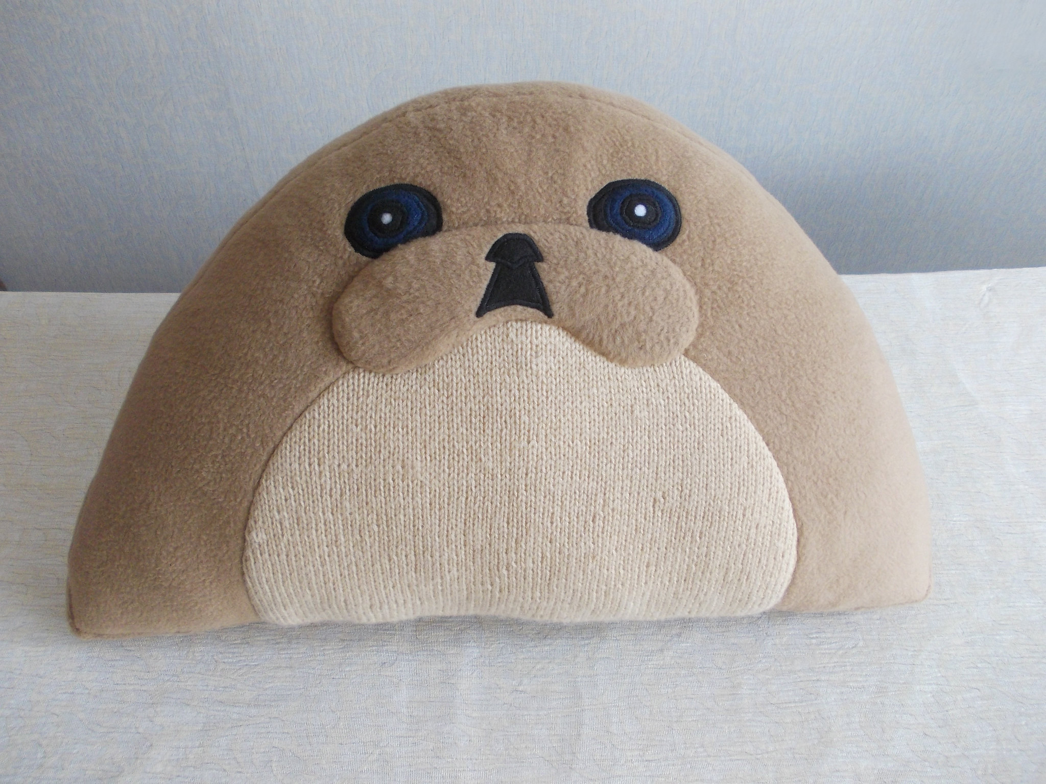 Pekingese, Pekingese pillow, dog shaped pillow, fleece and crochet pillow, two colored pekingese pillow 15