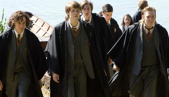 J.K.Rowling ngan fan mua phan ngoai truyen 'Harry Potter' bi danh cap hinh anh 2