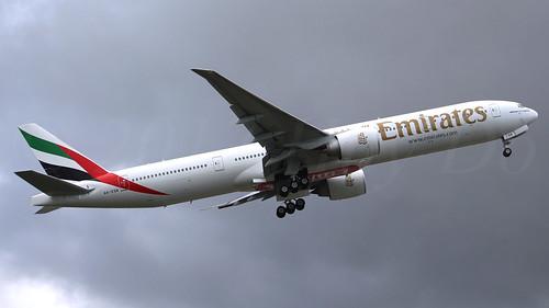 Boeing 777-31H(ER) Emirates A6-EQB LN1490