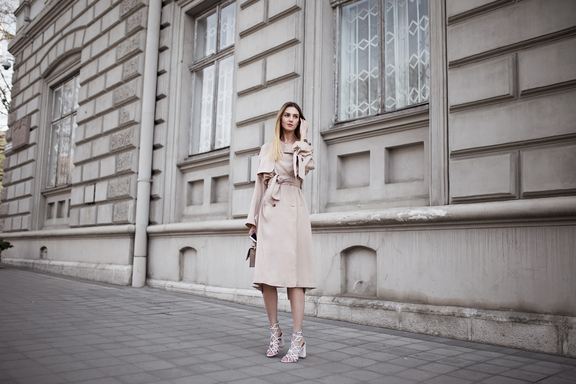 trench-coat-dress-street-style