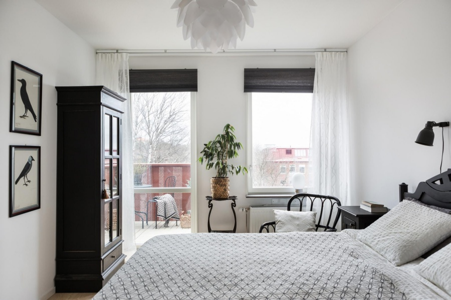 Simple Scandinavian Apartment Design