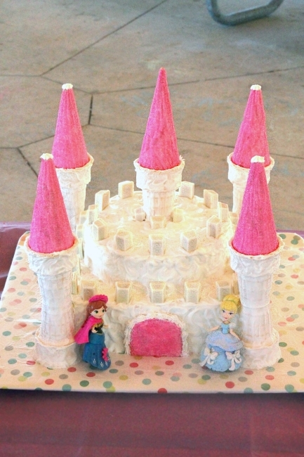 Castle cake - at party