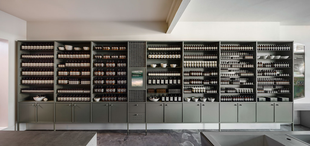 Pink store design Aesop in Fitzroy by Clare Cousins Architects Sundeno_04