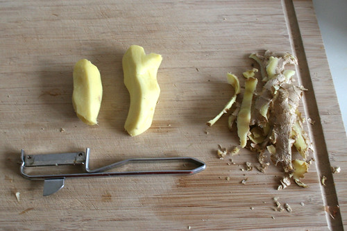 22 - Ingwer schälen / Peel ginger
