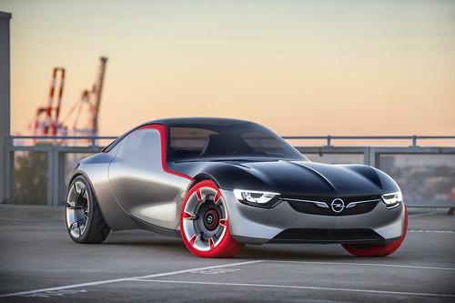 Opel bei den Klassikertagen in Hattersheim