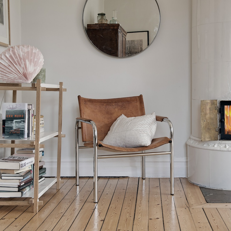 Scandinavian Home with Soft Hues