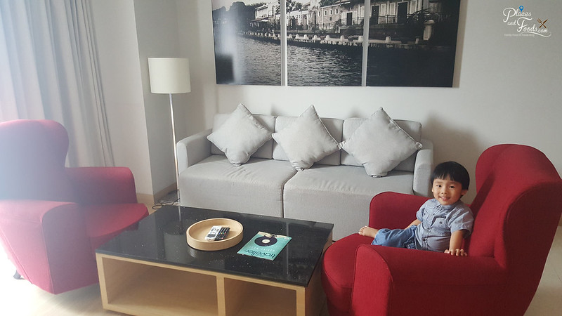 The Straits Hotel And Suites Melaka living room