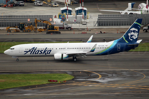 Boeing 737-990(ER)(WL) Alaska Airlines N273AK LN6392