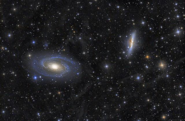 VCSE - Messier 81 és Messier 82 galaxisok az integrált fluxusködökkel - Schmall Rafael