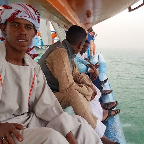 Leve um lenço tipo Keffiyeh ou Turbante marroquino