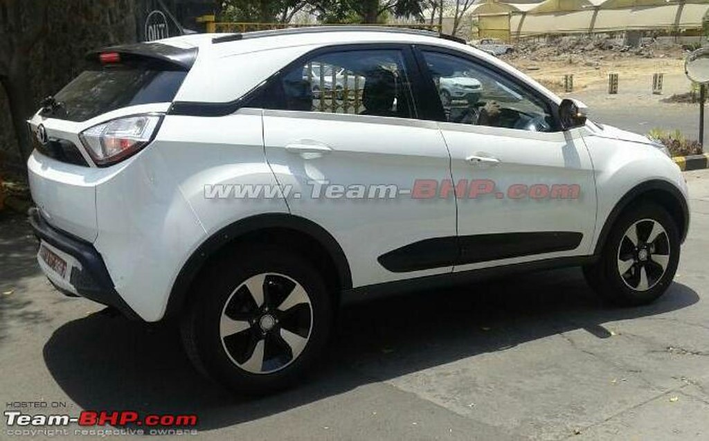 Tata-Nexon-side-spied-undisguised-on-test